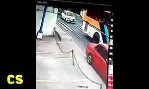 Four asshole drivers that you will see today