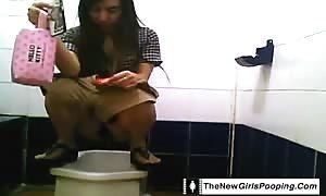 Compilation of hot girls shitting