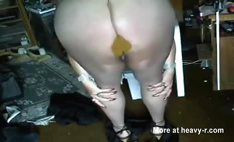 BBW babe filled pantyhose with poop
