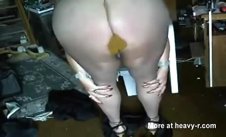 BBW babe filled pantyhose with poop