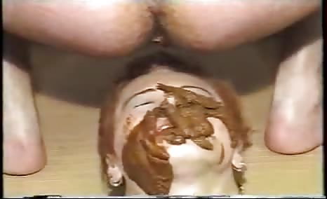 Amateur couple fuck with a lot of shit