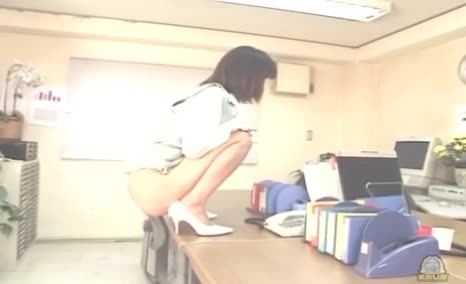 Compilation of beautiful japanese girls pooping