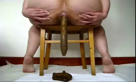 Brown poop from big ass